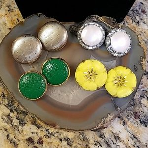 4 pair vintage round clip on earrings GUC